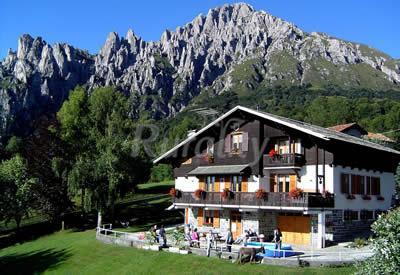 Ai frassini b b casa rural en piani resinelli lecco for Piani casa montagna colorado