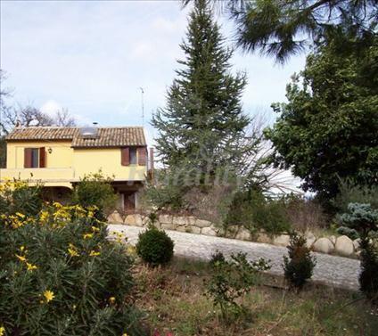 Il giardino dei ciliegi casa rural en morrovalle macerata - Il giardino dei ciliegi ...