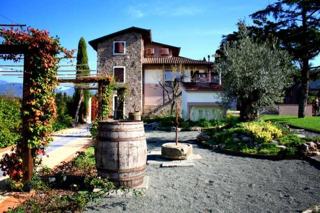 Podere montese casa rural en villafranca in lunigiana for Piscina villafranca