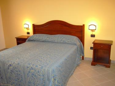 Borgo Abacena Country Resort (Messina)