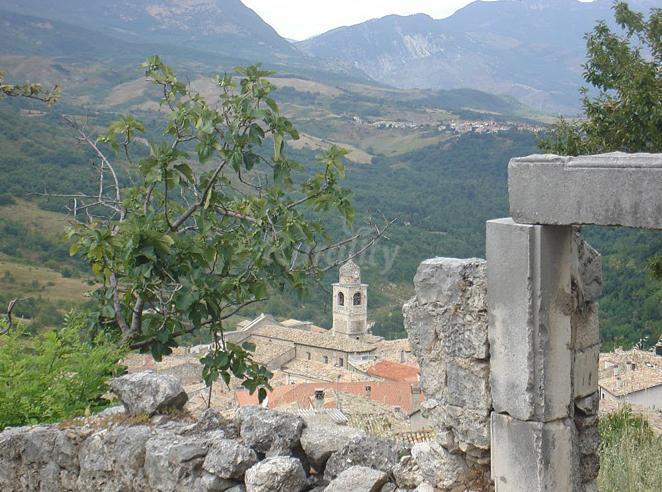 Foto di le antiche mura casa rural en caramanico terme pescara - Casa rural mura ...