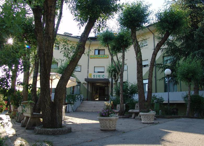 Hotel Villa D Agri