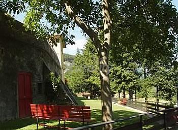 Ponte alla villa casa rural en luicciana prato for Ponte intorno alla casa