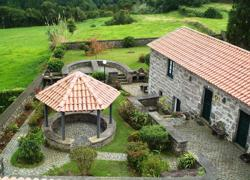 Casas do Frade (Açores)