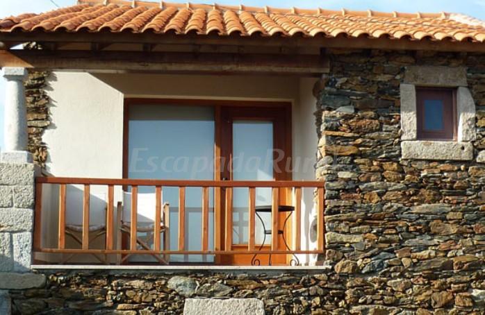 Fotos de casa das quintas casa de campo emmogadouro terras de tr s os montes - Casas de campo restauradas ...